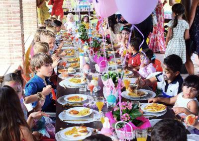 Celebracion de comuniones en Marbella_0000_WhatsApp Image 2019-06-26 at 09.37 (15)